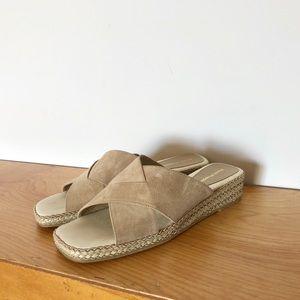 Hush Puppies - Vintage 2002 Leather Slide Sandal